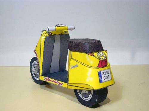 YellowScooter2.jpg